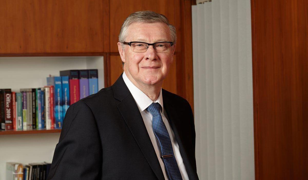 MD Tony Calvert